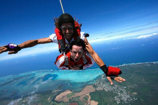 sky diving mauritius
